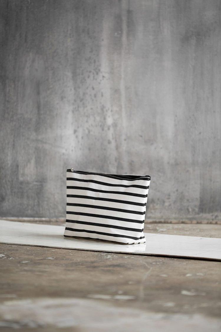 Kulturtasche - Stripes