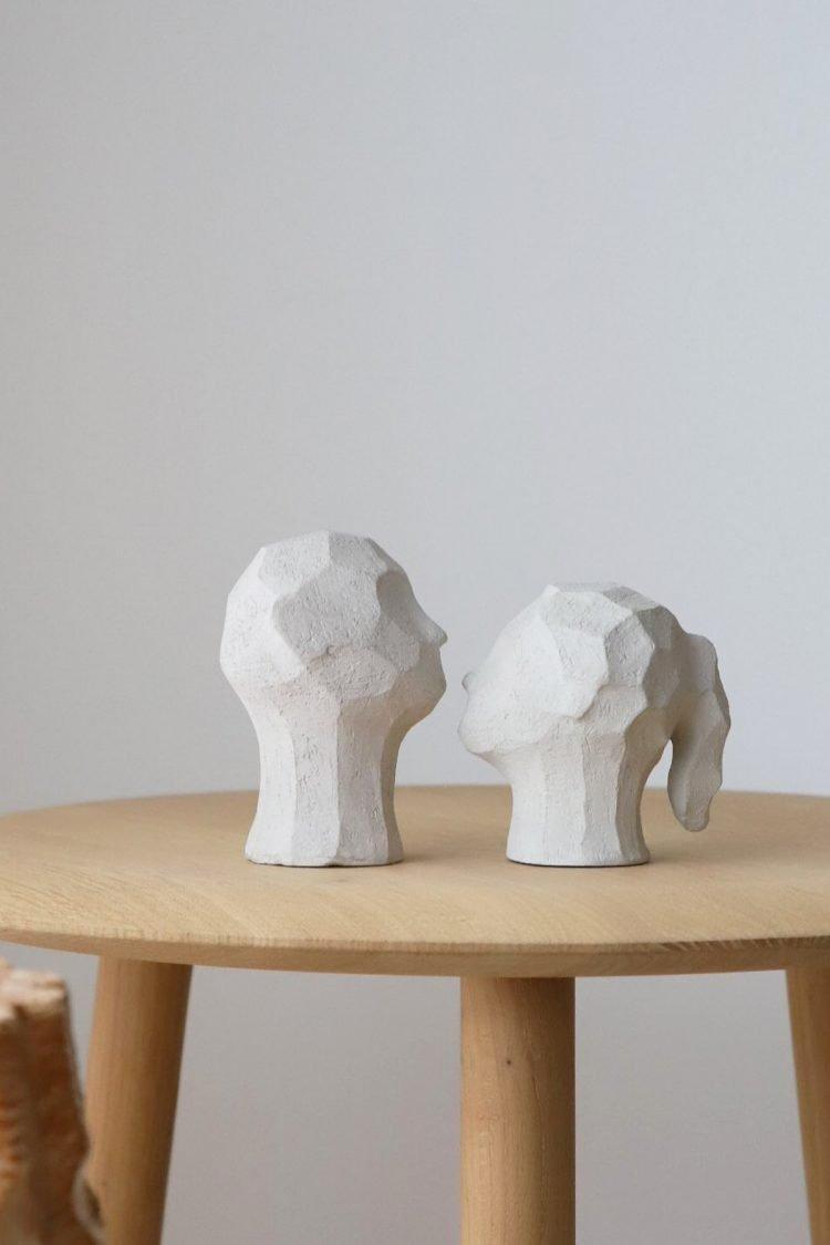 Skulptur Benedict & Amal, Limestone